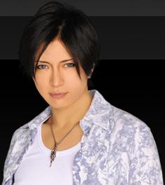 profile_gackt_01.jpg